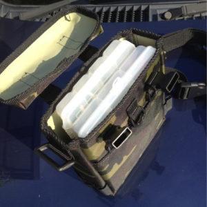 MEIHO社 VS-3010 NS (サイズ 205mm×145mm×28mm) が、2個入ります。